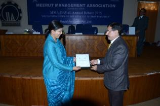 DSC_7895 Memento to Mrs. Ritu Goel